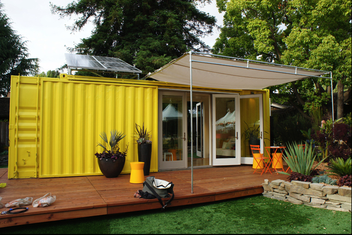 Sunset Idea House: Hybrid Architecture's Yellow Shipping Container Home – USA 1
