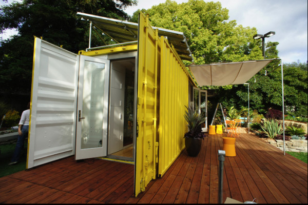 Sunset Idea House: Hybrid Architecture's Yellow Shipping Container Home – USA 2