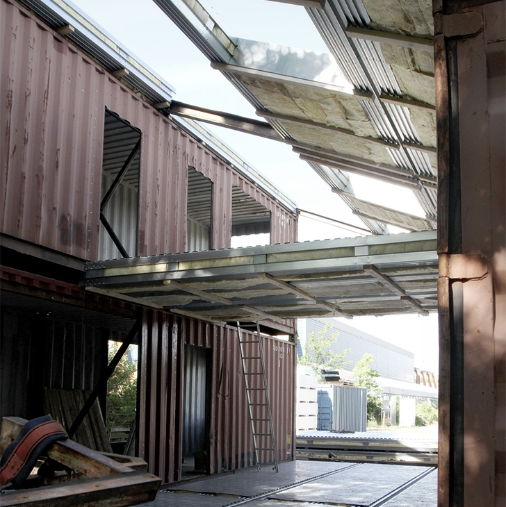 Upcycled Shipping Container House – China 8