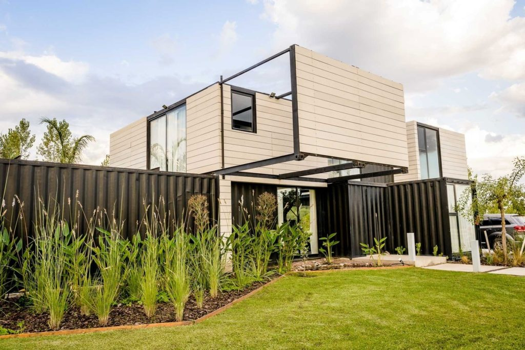 The Leone Loray Container Homes – Argentina 6