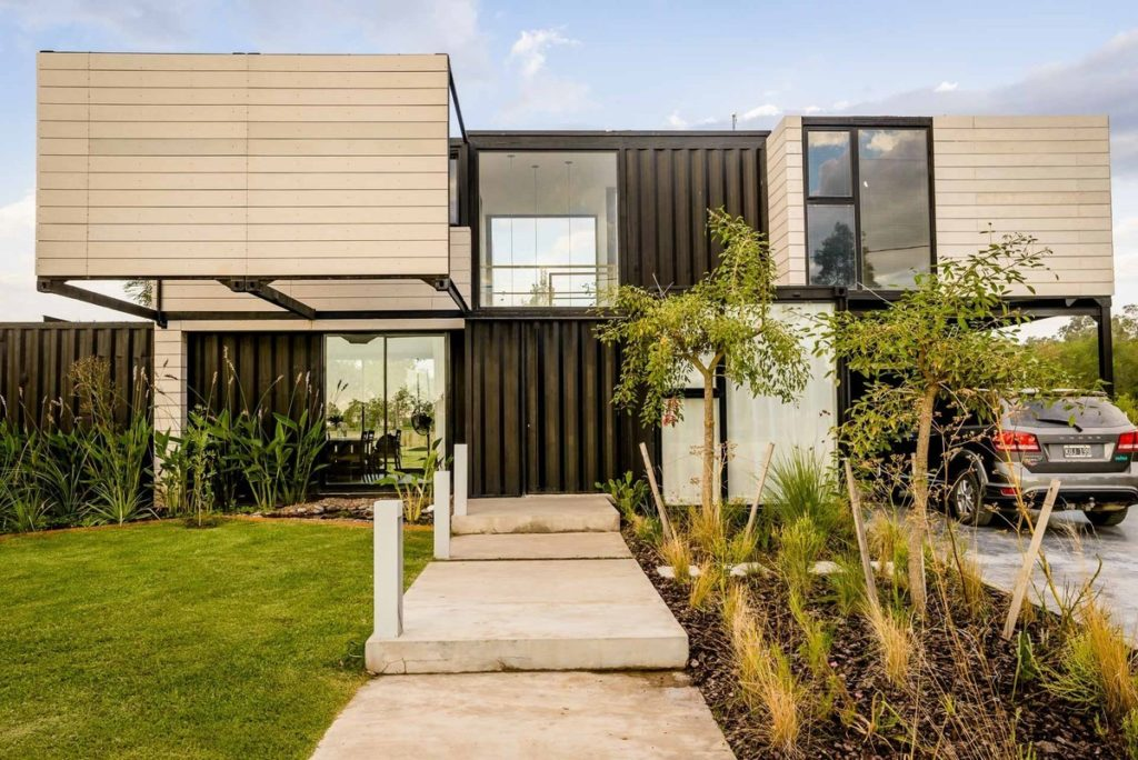 The Leone Loray Container Homes – Argentina 7